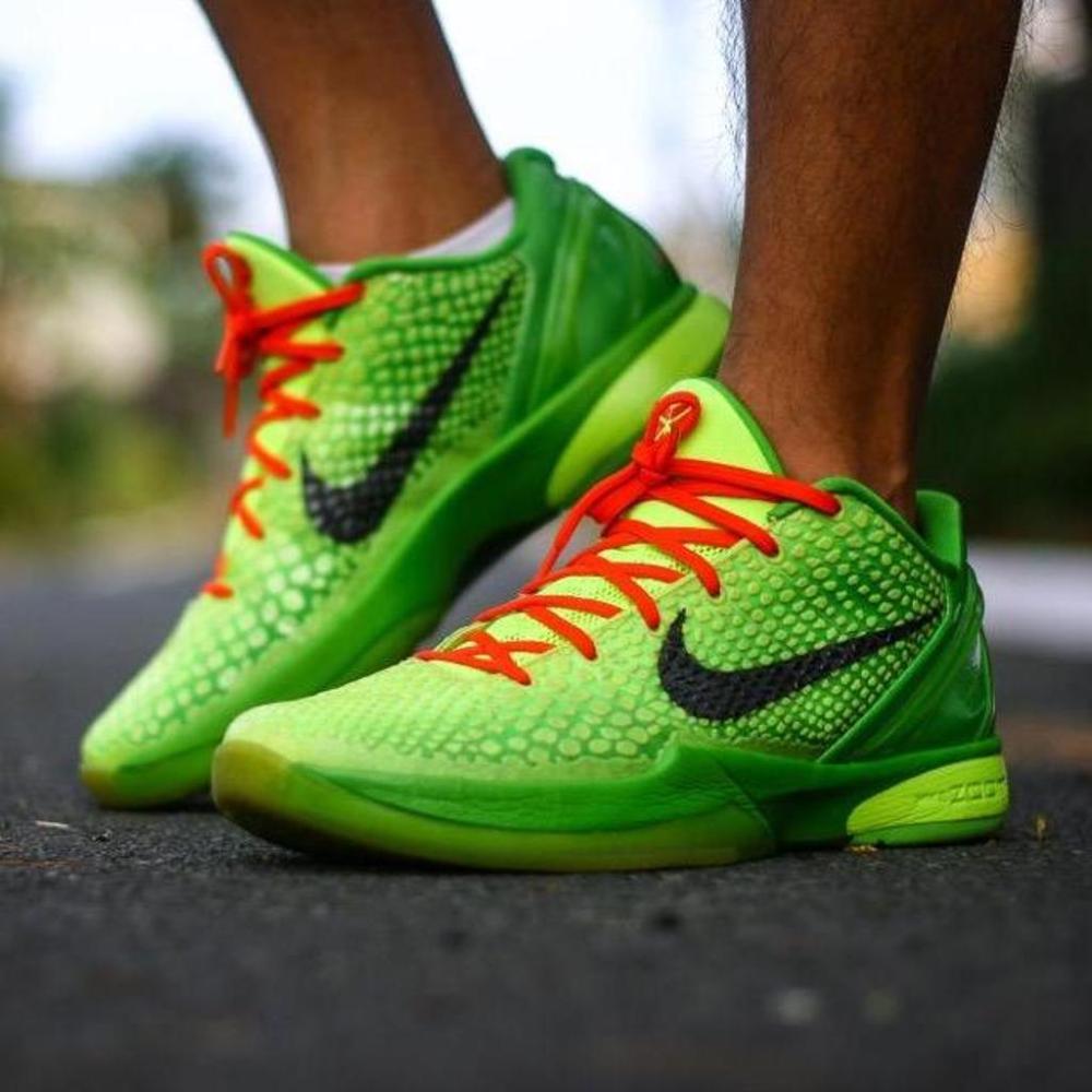 Sneakers, Nike zoom kobe, Kobe