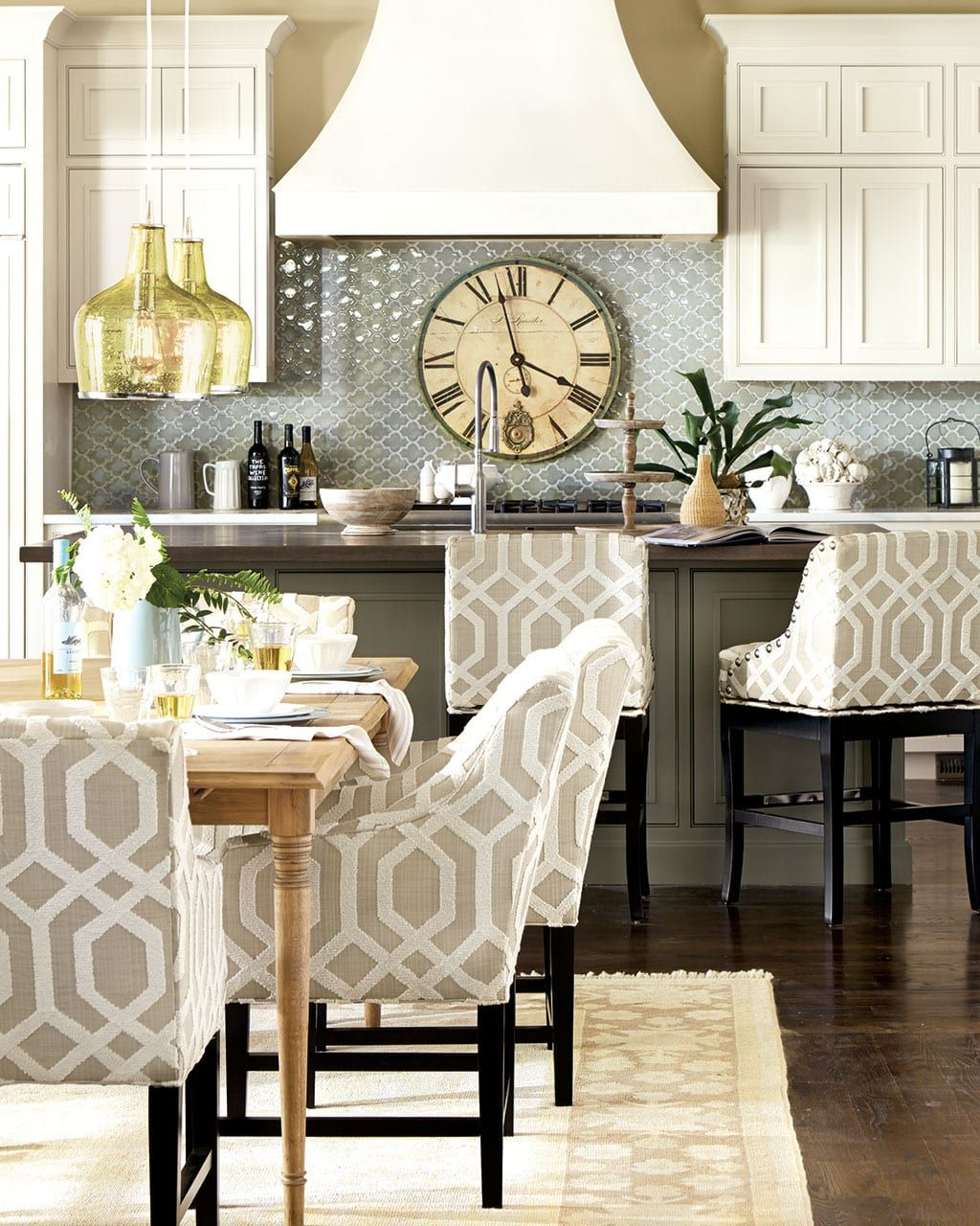 How To Pick The Right Dining Chair Size And Style How To Decorate Dining Chairs Dining Room Chairs Dining Table Chairs