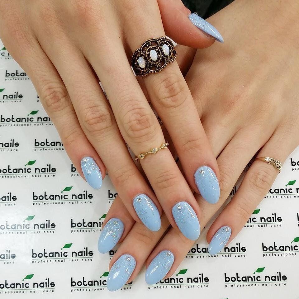 Esmalte azul claro   Belleza   Pinterest   Azul claro, Esmalte y Azul