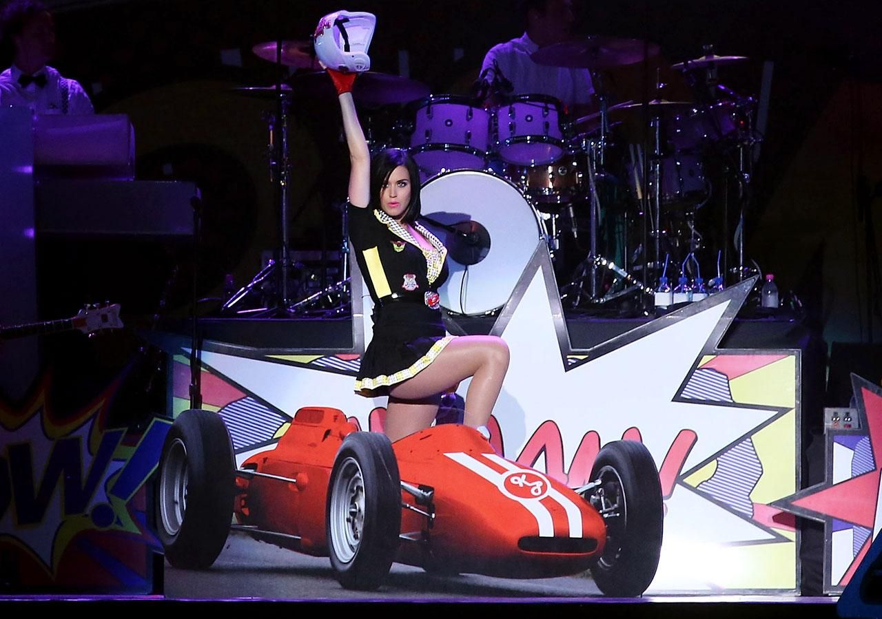 Katy Perry and Sports Katy perry, Singapore grand prix