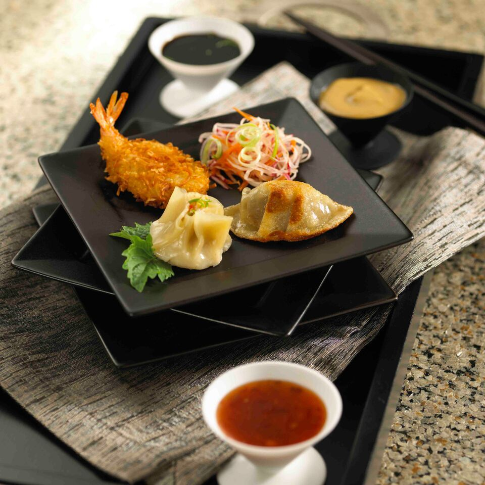 Asian Wedding Food Caterers: Asian Finger Foods Are Crowd Pleasers!