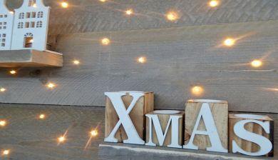 WINACTIE: Houten kerstboom met LED verlichting - FemNa40