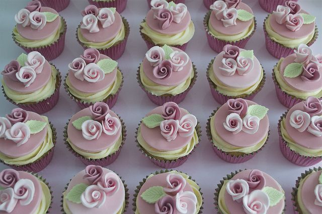 Pink Rose Cupcakes | Flickr: Intercambio de fotos