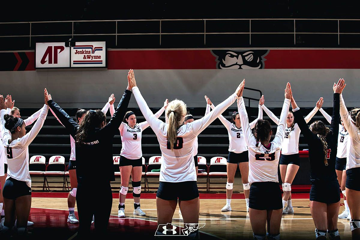 Austin Peay State University Volleyball Wins In Four Sets Against South Dakota State South Dakota State Austin Peay State University South Dakota