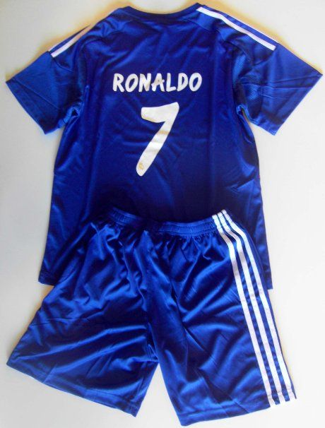 Amazon.com  2013 2014 real madrid cf away football soccer kids jersey    short CRISTIANO RONALDO 7  Sports   Outdoors 83ac2d881