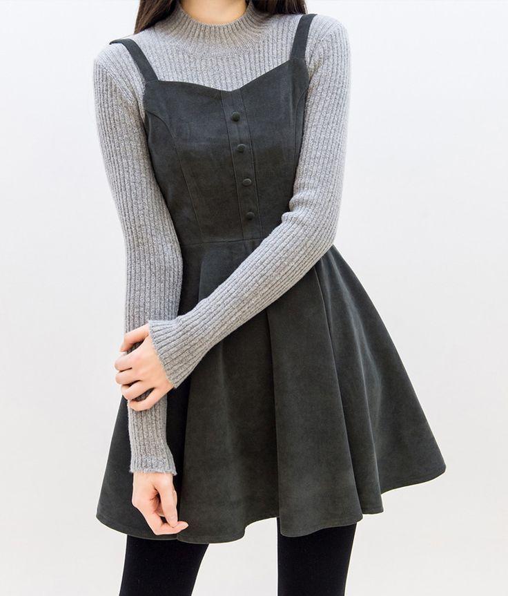 Photo of Sleeveless flared dress