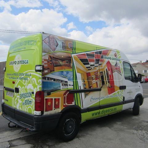 Grupo Diyesca confía una vez más en TGM para la rotulación de sus vehículos. Santiago de Compostela