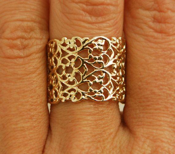 Goldring ehering  https://www.etsy.com/listing/169262371/gold-ring-delicate-ring ...