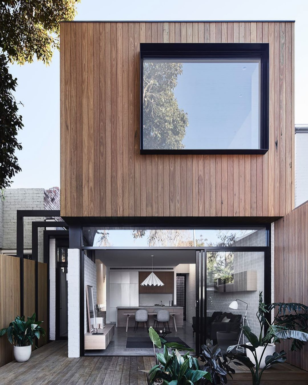 All About Architecture On Instagram Lorddarchitecture What Do You Think About This House Loft House Design By Tom Robertson Archit 2020 작은 집 집 디자인 콘테이너 하우스