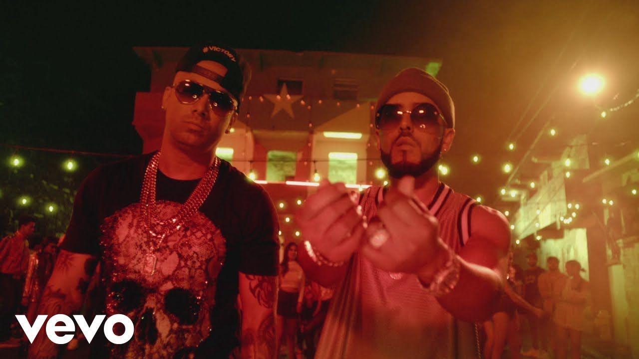 Wisin Yandel Reggaeton En Lo Oscuro Official Video En Lo Official Oscuro Reggaeton Video Wisin Yandel Music Clips Latest Music Music Videos