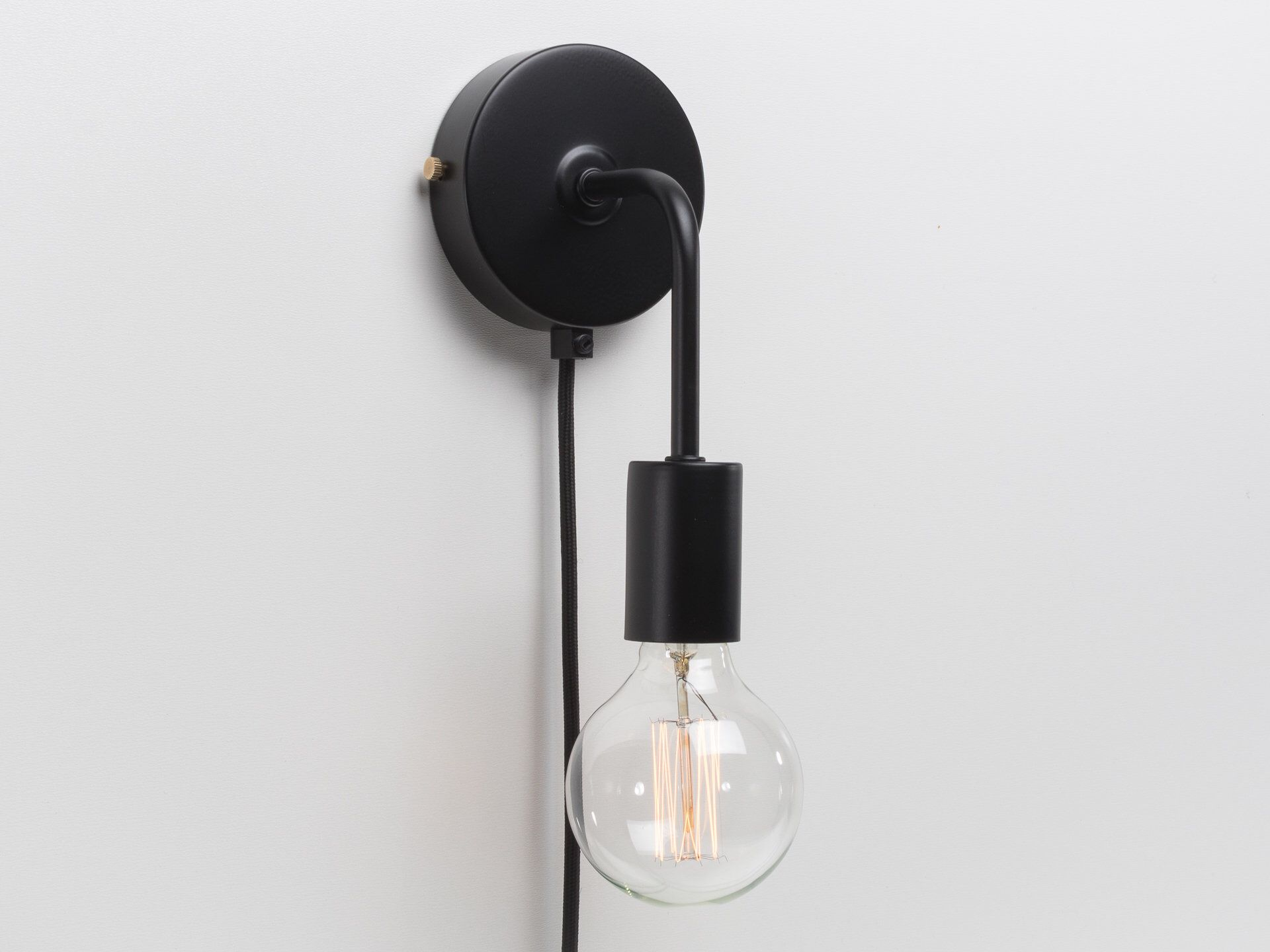Minimalist Wall Sconce Plug In On Off Switch Black Retro Loft Industrial Lamp By Retrolightstore On Etsy Http Retro Lighting Wall Sconces Sconces