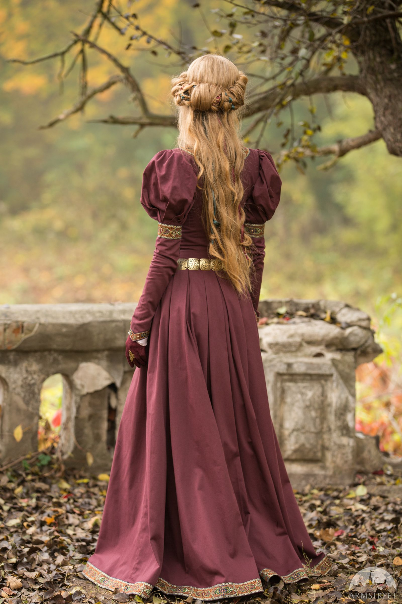 Robe style médiéval « Princesse Perdue » en 2019 Robe