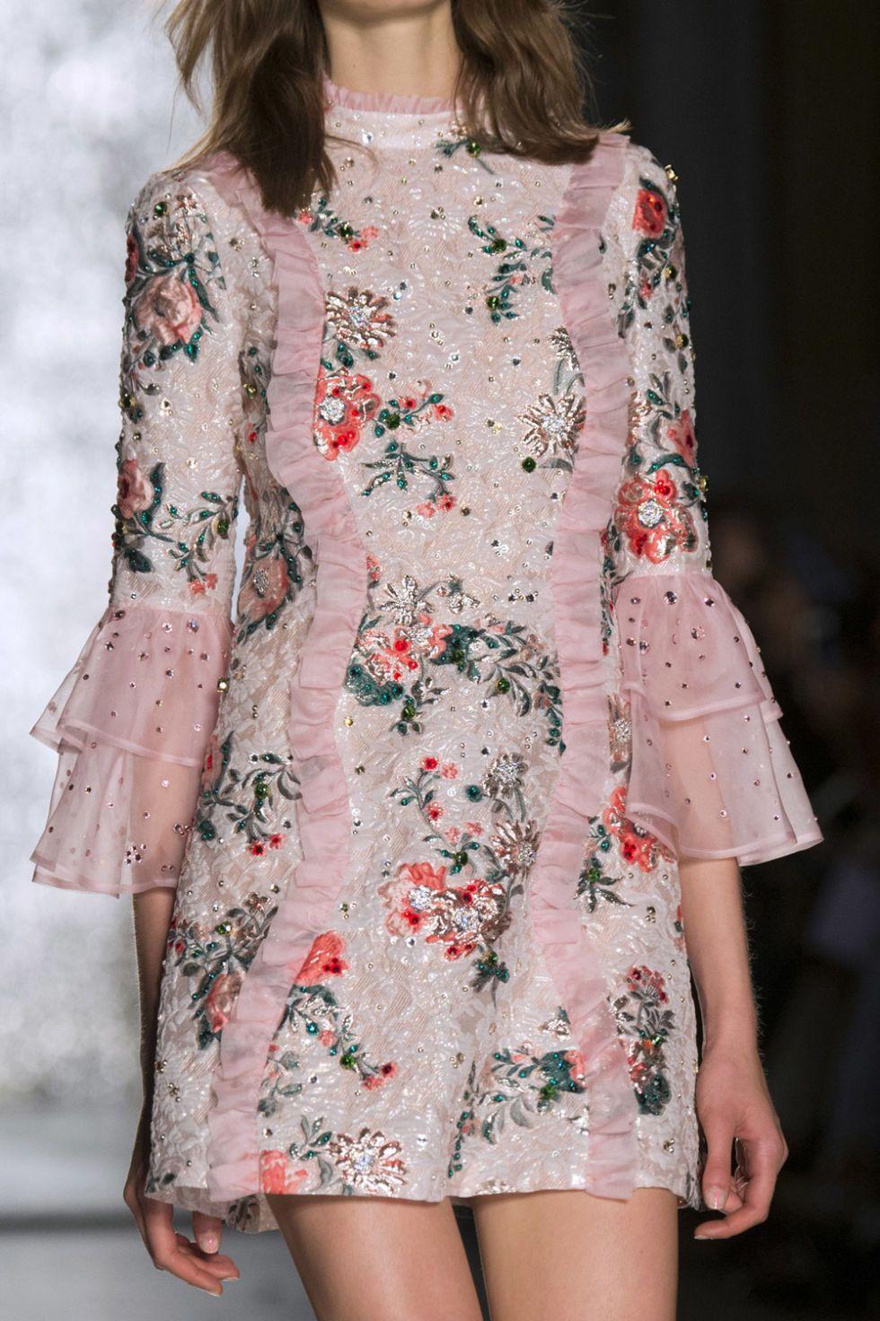 premium selection 35cea 15130 Vestiti eleganti corti con maniche lunghe -cosmopolitan.it ...