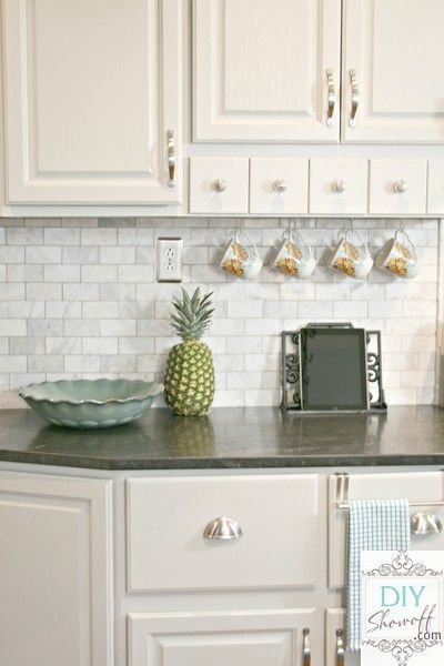 8 creative kitchen backsplash ideas marble subway tiles white shaker cabinets and subway tile - Creative tile kitchen backsplash ideas ...