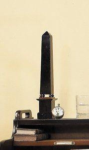 Houten Obelisk Klassiek Architectonisch Schaalmodel -Luxury By Nature