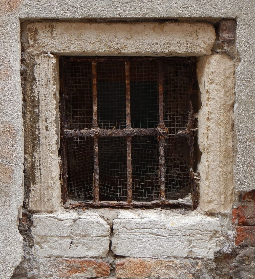 Good Old Windows Part - 5: Texture - Old Window From Venice 7 - Windows - LuGher Texture Library