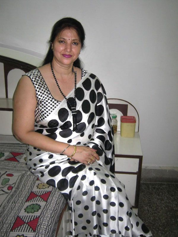 mom pic sexy desi