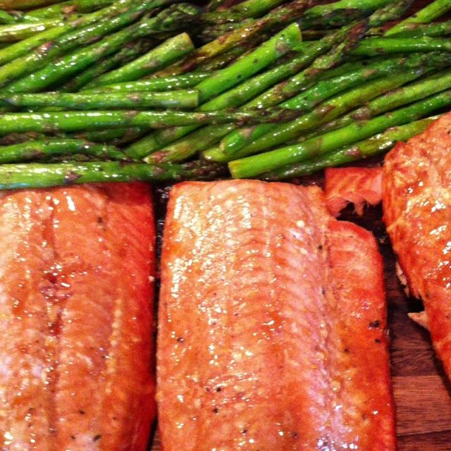 Salmon with soy honey mustard dijon and asparagus, yum! | Foods I'd ...