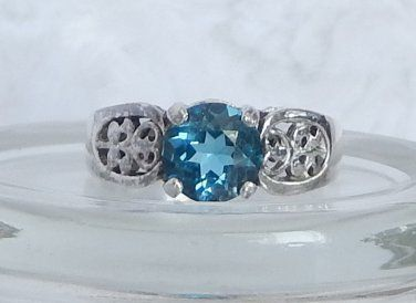 Sterling Silver London Blue Topaz Ring Size 7