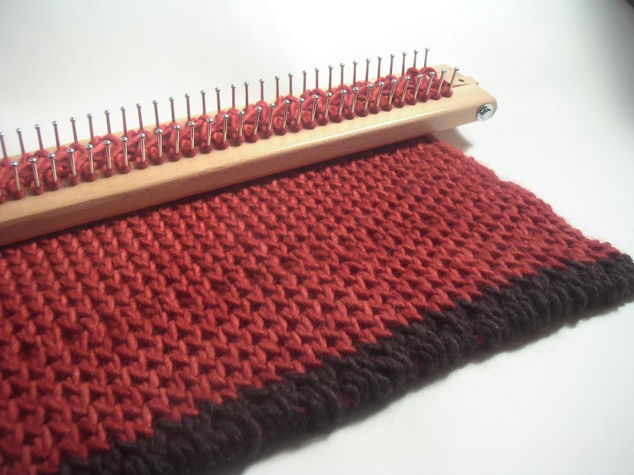 Knitting Loom Projects : Free knitting board patterns with the new heavy duty