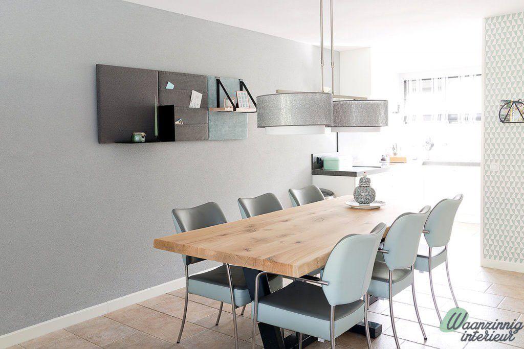 zwaartafelen i groen en blauwe accenten in deze woonkamer met, Deco ideeën