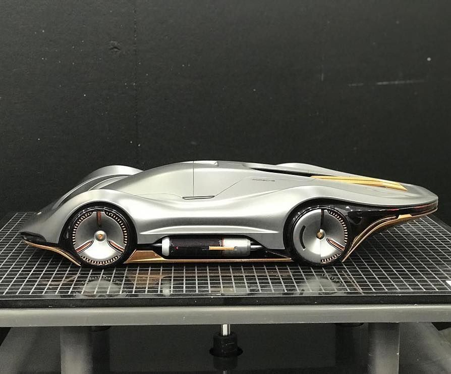 Porsche Le Mans Racer By Yun Sik Hwang Yun Sik Hwang From The College For Creative Studies Detroit Cardesign Ca Concept Car Design Concept Cars Car Design