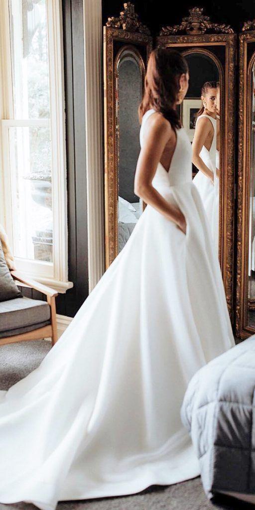 24 Satin Brautkleider für die minimalistische Braut – Hochzeit – #