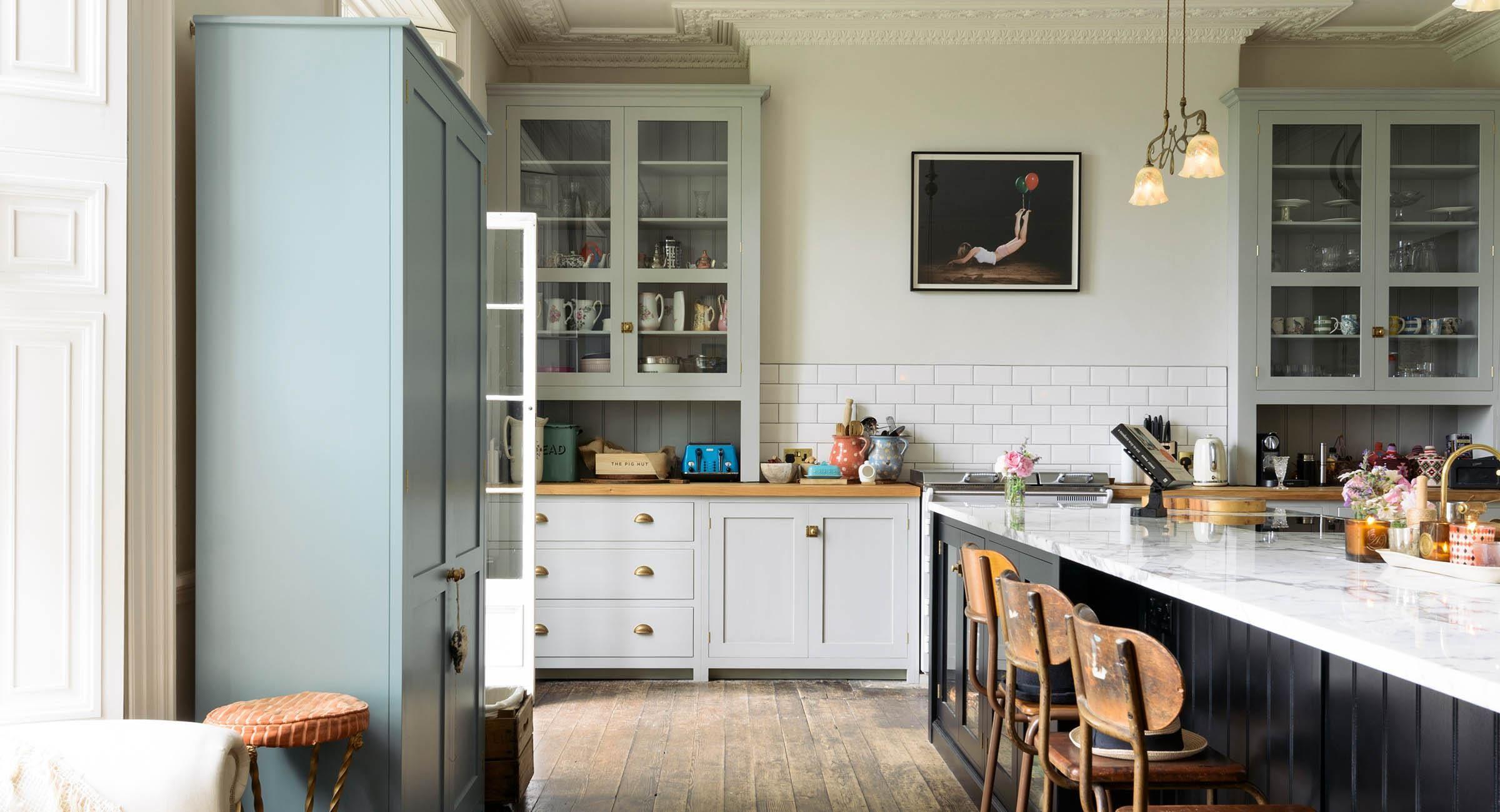 Bespoke Kitchens by deVOL Classic style English