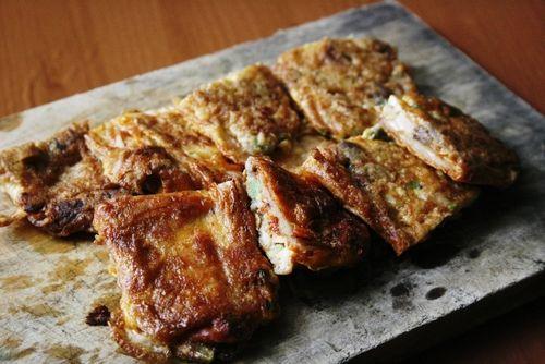 kimchi pancakes / peegaw
