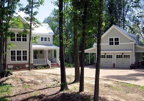 Plan 30013rt attractive farmhouse with garage bonus for Garage plan de campagne