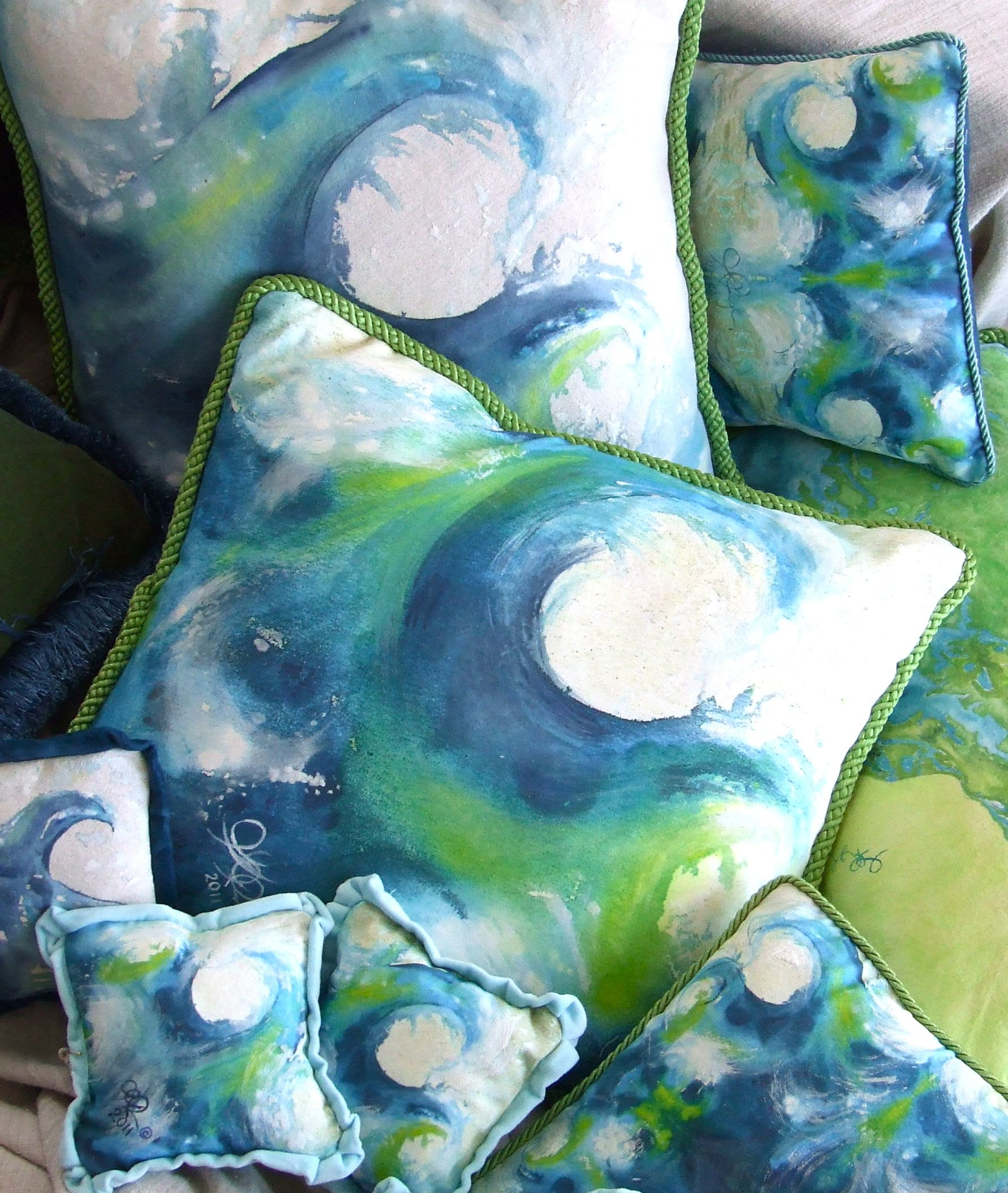 Making Waves at www.cedianpainting.com. One of my favorite pillow prints. | Artistic Innovation ...
