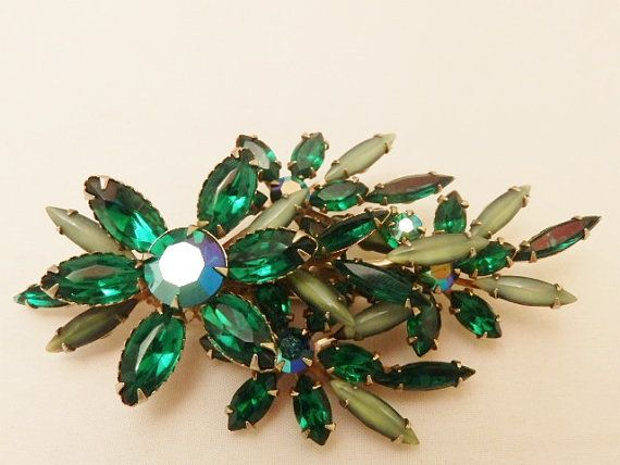 Vintage  Large Emerald Green  Brooch by TheJewelryCabinet on Etsy