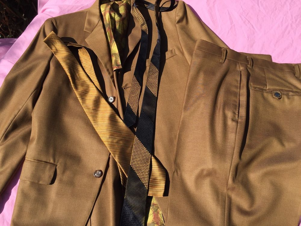 Vintage Cesare Larine Figlio Gold Sharkskin Suit Ties Mad Men Mid Century Italy
