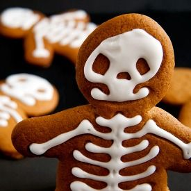 Spooky, spicy and cute Gingerbread Skeletons. Perfect for Halloween and Fall baking.