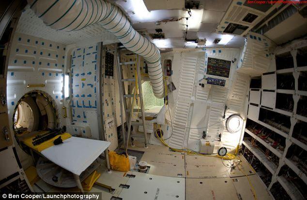 space shuttle interior design - photo #19