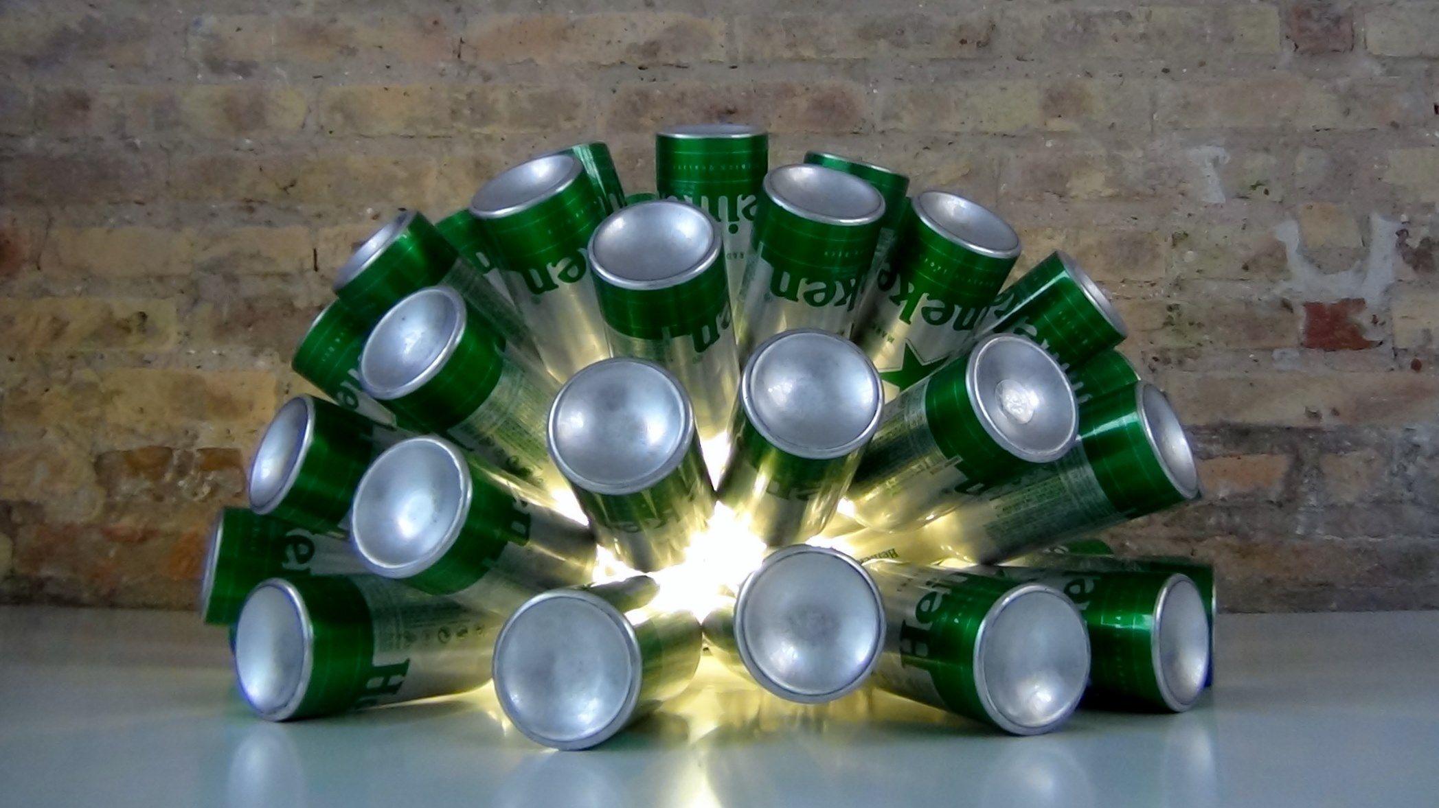 Cómo realizar una lámpara reciclando 50 botellas de aluminio – How ...