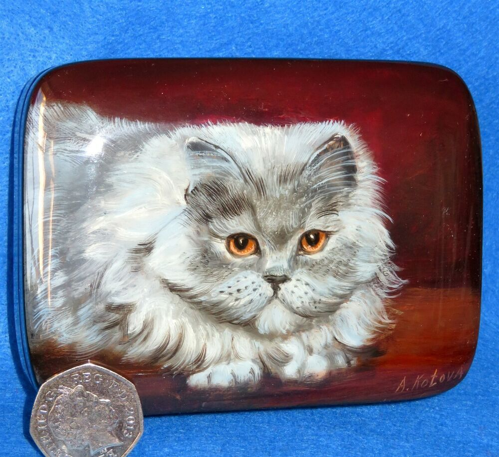 Lacquer Box PERSIAN GREY CAT yellow eyes Russian hand