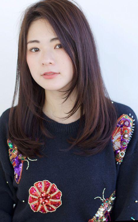 前髪なしのストレートセミロング O117 Alice By Afloatのヘア