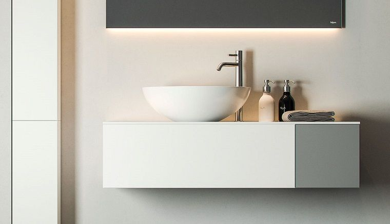 Lavandini Da Bagno Moderni : Idee bagno moderno piccolo con un mobile appeso e lavandino da