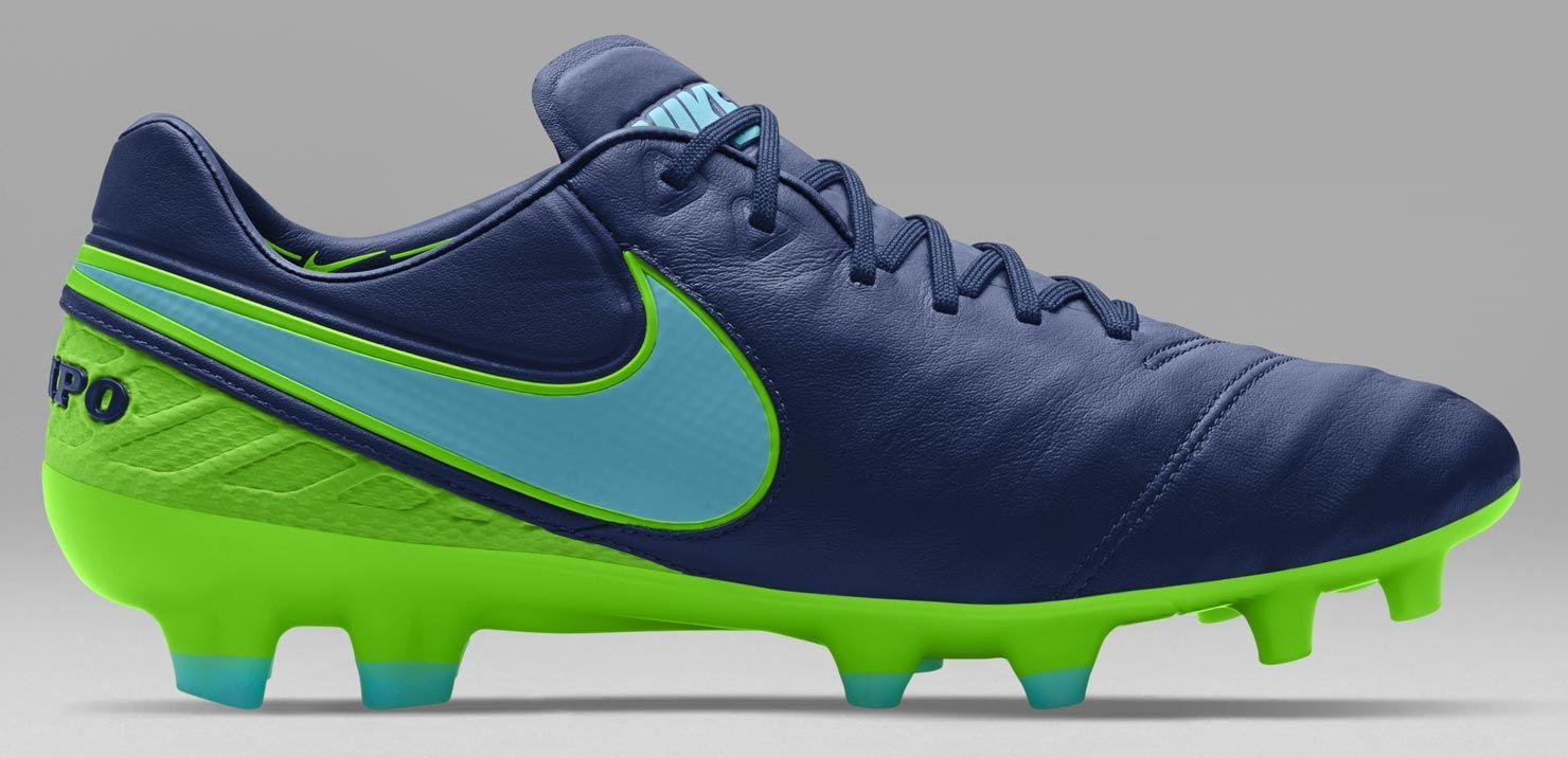 7c7d4e2d3fe Hace un tiempo ya que Nike ha estado constantemente renovando su catálogo  de zapatos de fútbol