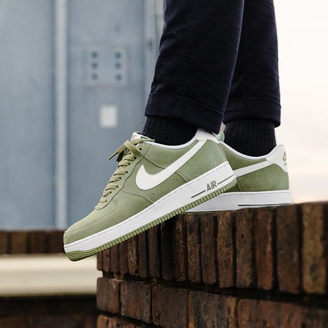 ... Nike Air Force 1 Palm Green