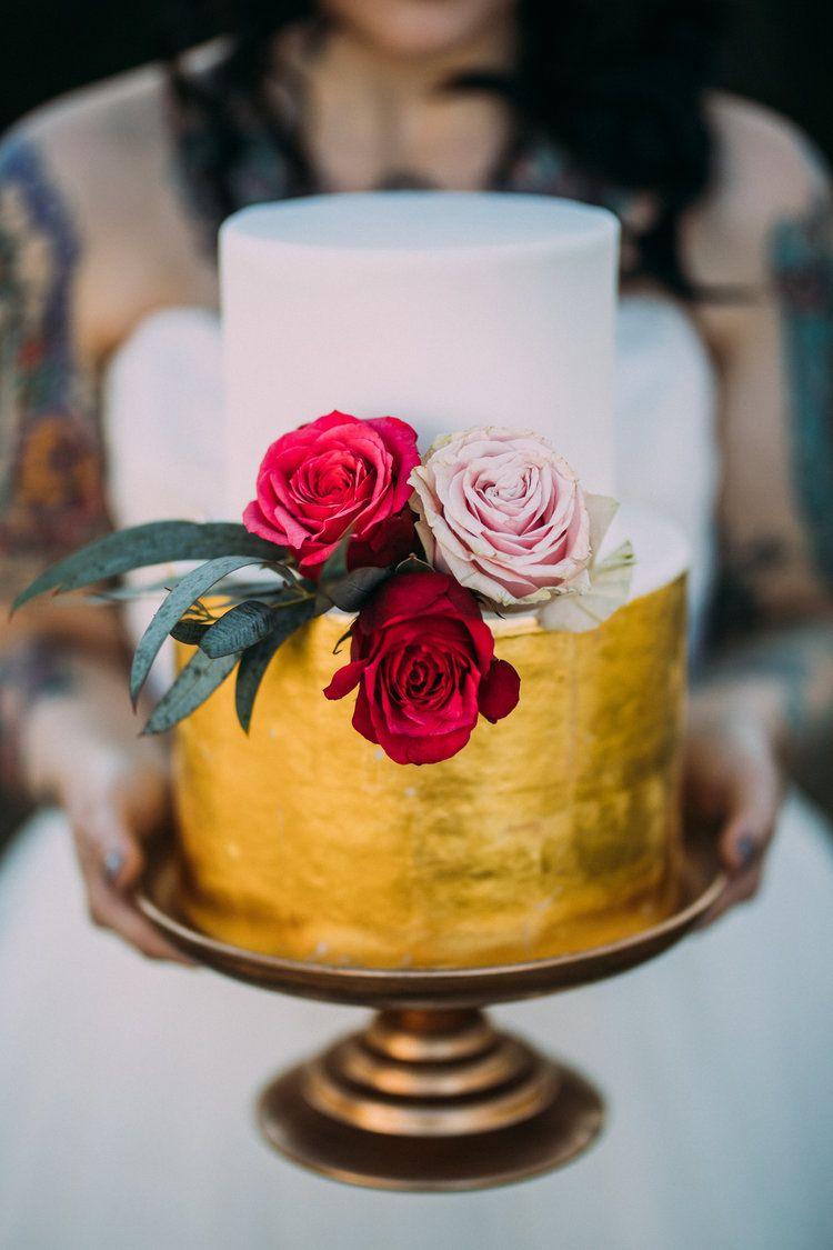 Gold Wedding Cake Roanoke Va Wedding Fresh Baked Bakery Www
