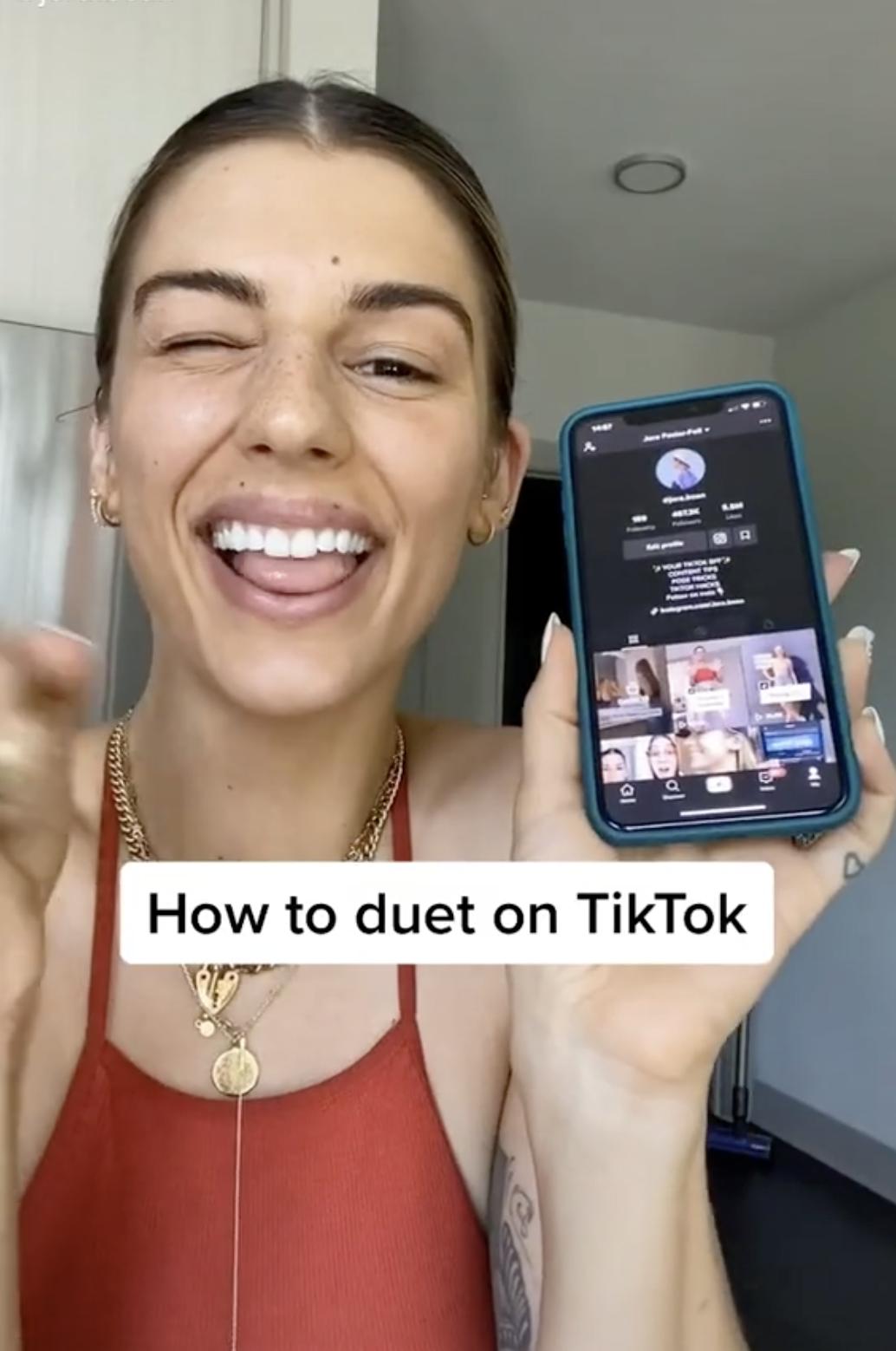 How To Duet On Tiktok Duet Instructional Video Video