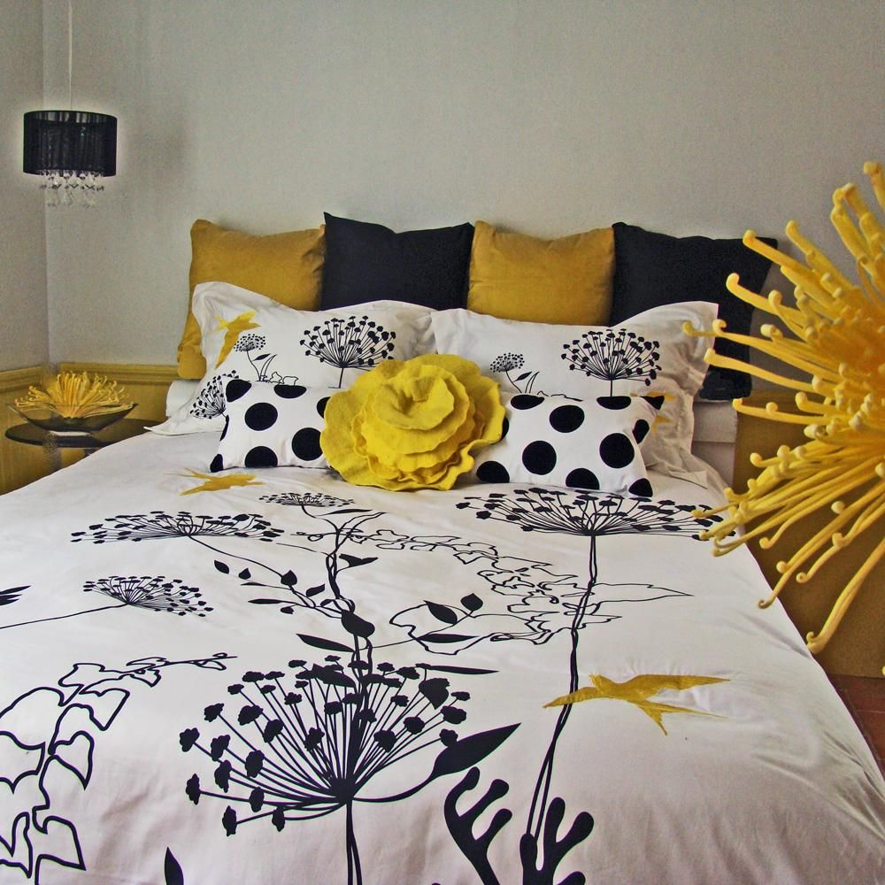 Feminim White Duvet Covers With Black Plant Sketch Combined With ...