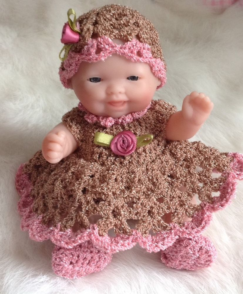 Crochet Doll Clothes for 5\