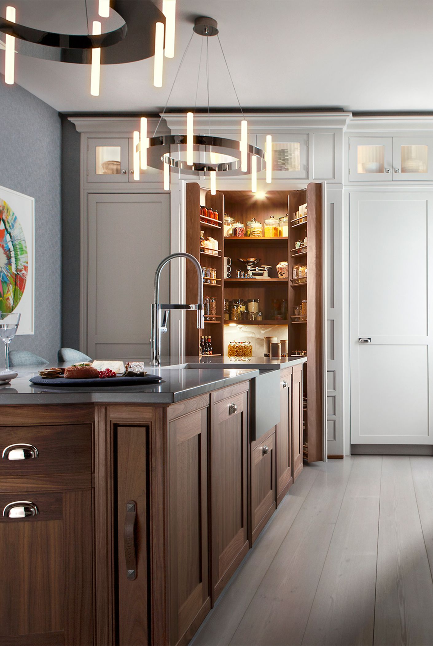 luxury British kitchen and pantry design. smallbone of