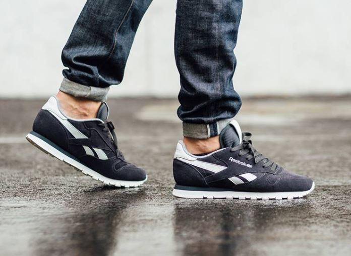 Reebok Classic Leather Suede: Gravel/Chalk