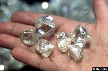 NAMIBIA AND DE BEERS SIGN MILESTONE 10-YEAR ROUGH DIAMOND SALES - sales agreement