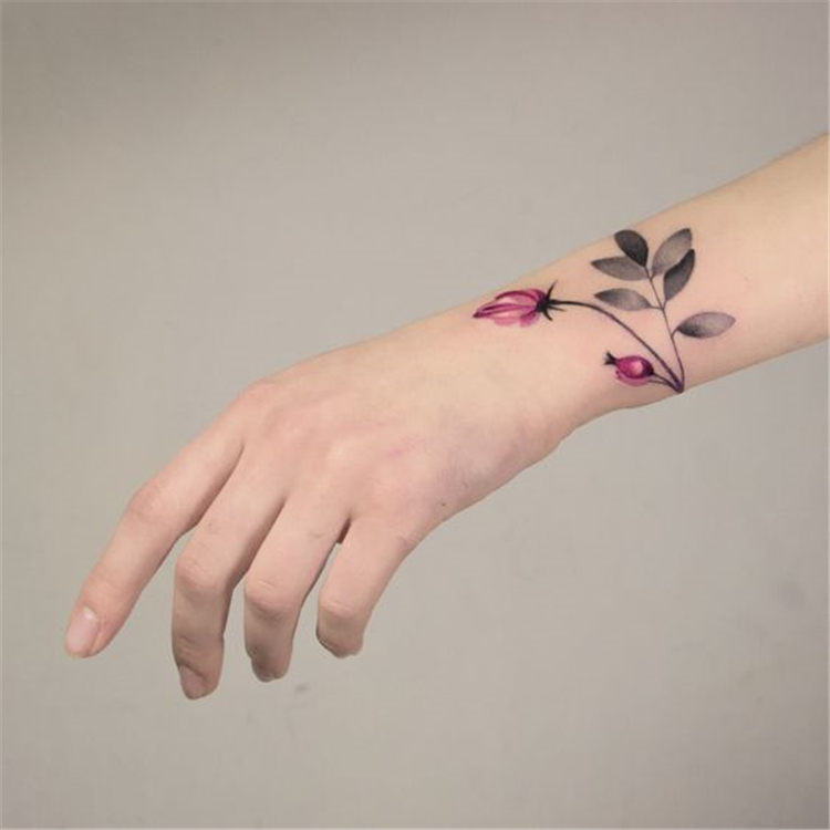 50 Meaningful Wrist Bracelet Floral Tattoo Designs You Would Love To Have Page 49 Of 50 Cute Hostess For Modern Women In 2020 Simple Wrist Tattoos Flower Wrist Tattoos Wrist Bracelet Tattoo
