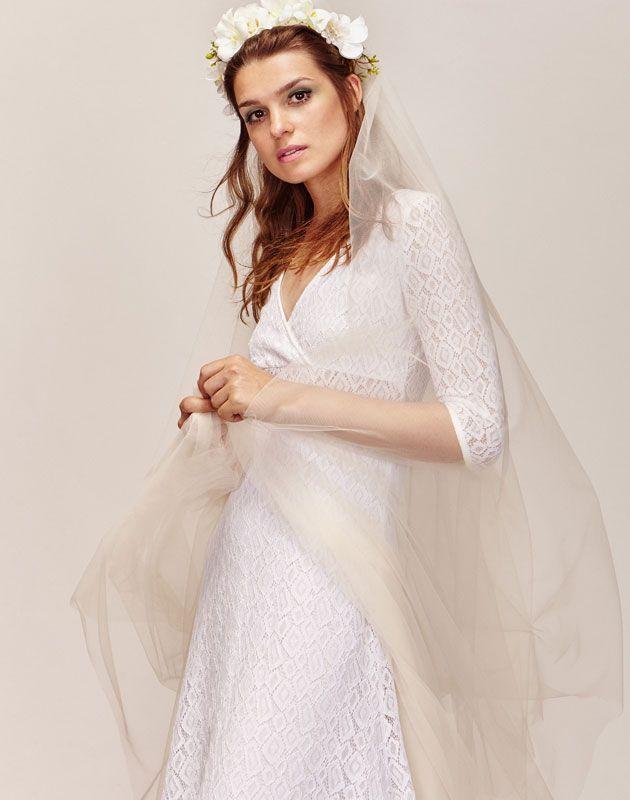 aedb9b65fade6 Robe de mariée longue boheme et romantique en dentelle avec manches longues pas  cher - Boutique